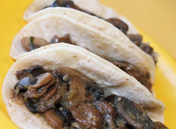 Sauteed Mushroom tacos for 4